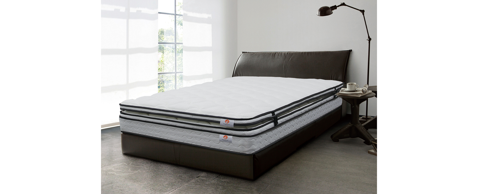 お好みの寝心地にカスタマイズできる「リバーブルE」シリーズ。
